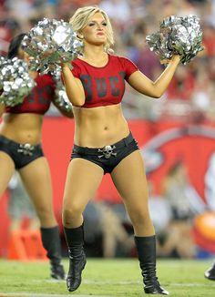 Buccaneers Cheerleaders, Hottest Nfl Cheerleaders, Football Cheerleaders, Nfl Football, Baseball, Cheerleading Pictures, Cheer Pictures, Professional Cheerleaders, Women Volleyball