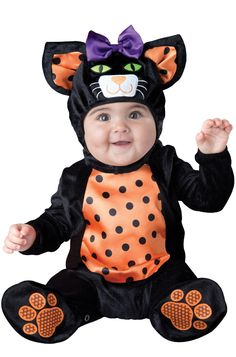 Don't stray from a classic look this Halloween! Dress your little one in this adorable black cat costume for a charming look. With an outfit this soft and cuddly, your tot will be the cat's meow!<br><br>Costume features:<ul><li>Hood with bow and embr