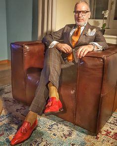 Suit and shirt by Bespoke loafers by Bracelet by Mens Fashion Suits, Mens Suits, Dress Suits For Men, Black Men Beards, Bespoke Shirts, Herren Style, Plaid Suit, Suit Up, Dapper Men