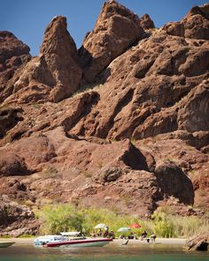 Lake Havasu City was made for families looking to enjoy a fun vacation in Arizona. Unlike some other lakes in Arizona and across the country, you can frolic on our sandy Arizona beach without dangerous currents or sea critters.