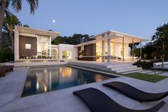 prefabricated house 10 Hottest Fresh Architecture Trends in 2014