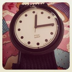 I used to wear my Pop Swatch all the time! I think I still have it... somewhere...
