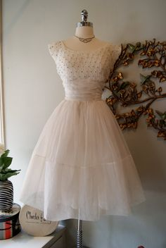 1950's White Chiffon Wedding #Repin