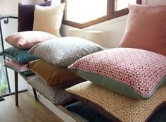 two-sided pillows: velvet and geometric pattern