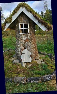 Fairy Tree Houses, Fairy Garden Houses, Gnome Garden, Garden Art, Home And Garden, Garden Grass, Fairy Gardens, Indoor Garden, Side Yards