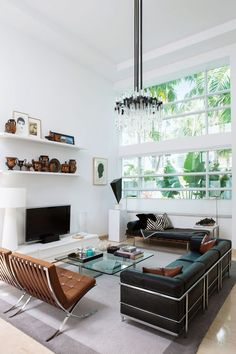 Living Room Chairs, Interior Design Living Room, Living Room Designs, Living Room Decor, Interior Decorating, Living Area, Dining Room, Bauhaus Interior, Luxury Houses