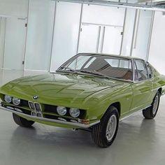 Pretty Cars, Cute Cars, Classy Cars, Sexy Cars, Old Vintage Cars, Old Cars, Antique Cars, My Dream Car, Dream Cars