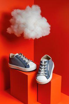 Μοντέρνα βαπτιστικά sneakers μπλέ με λευκό της Babywalker για αγόρια, annassecret, Χειροποιητες μπομπονιερες γαμου, Χειροποιητες μπομπονιερες βαπτισης Kai, Sneakers, Shoes, Fashion, Tennis, Moda, Slippers, Zapatos, Shoes Outlet