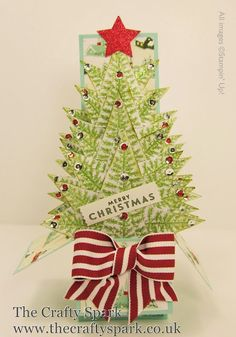 The Crafty Spark: Christmas Tree Card-In-A-Box Tutorial