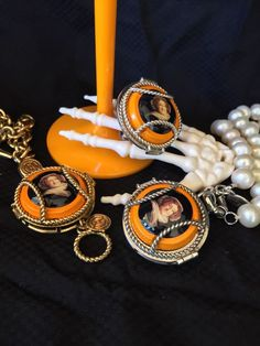 Lets spook the night away this #halloween #champagne #wearingmemories #veuveclicquot #yelloween #jewellery