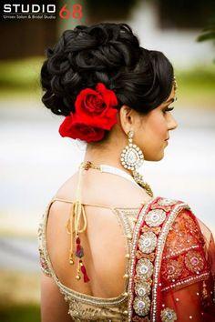 Hair details on stunning bride! #Hairsalon #hairstudio #trendyhairstyle #besthairstyle