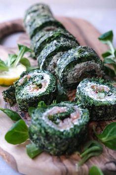 Friske rulader med laks og spinat. Perfekt som en forret eller tilbehør til en salat. Sprouts, Sushi, Vegetables, Ethnic Recipes, Food, Mussels, Eten, Brussels Sprouts, Meals