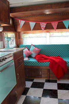 nice 54 Best Camper Interior Decoration Ideas https://wartaku.net/2017/04/28/best-camper-interior-decoration-ideas/
