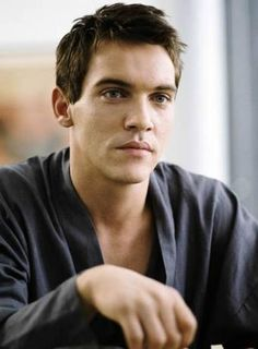 love you just because of August Rush  Jonathan Rhys Meyers