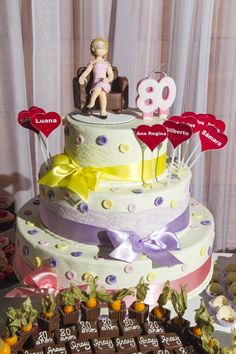 A linda festa de 80 anos da Dona Aracy | Gabi Chanas