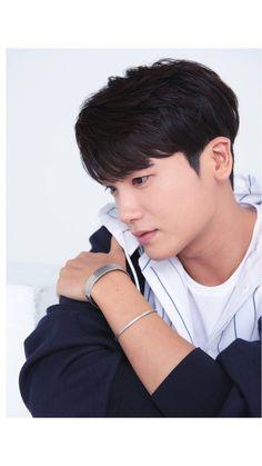 Ill update as soon as i can Jung So Min, Asian Actors, Korean Actors, Korean Dramas, Park Hyungsik Hot, Park Hyungsik Wallpaper, Moon And Stars Wallpaper, Park Hyung Shik, Kyung Hee