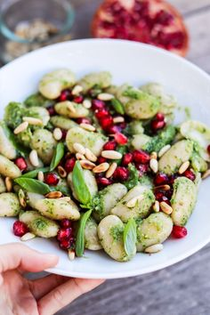 Quick salad made from white beans, pesto and pomegranate seeds. Vegan & GF Quick salad made from white beans, pesto and pomegranate seeds. Spicy Vegetarian Recipes, Healthy Gluten Free Recipes, Healthy Chicken Recipes, Pork Recipes, Salad Recipes, Healthy Snacks, Spicy Appetizers, Vegetarian Appetizers, Appetizer Recipes