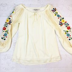 Lara Embroidered Top IVORY