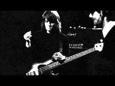Ramble On isolated bass. How can it be that JPJ can contribute this bassline but not get a songwriting credit? Bass Guitar Case, Yamaha Bass Guitar, Bass Guitar Chords, Guitar Guy, Bass Guitar Lessons, Guitar Tabs, Led Zeppelin Ramble On, Bass Guitars For Sale, Innovation