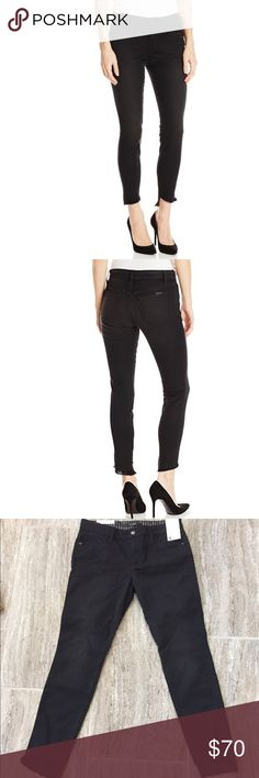"""NWT Joe's Jeans The Blondie Ankle Jean in Black NWT Joe's Jeans The Blondie Ankle Jean in Black is mid rise. It is a figure hugging Jean that is cast in a cool, faded-black wash & cut with an asymmetrical frayed hems for an edgy, ankle baring look. Classic 5 pocket silhouette, tonal stitching, belt loops, dark Hardware. Front fly zip with one button closure. Leather JJ logo on rear pocket. 9 1/2"""" Rise. 27"""" Inseam 10"""" Leg Opening. These jeans are a smoke show! Smoke Free Home. Joe's Jeans…"""