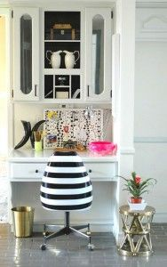 black & white home o