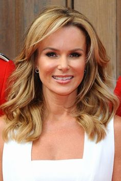 The Hottest Long Hairstyles & Haircuts For 2014 - Amanda Holden