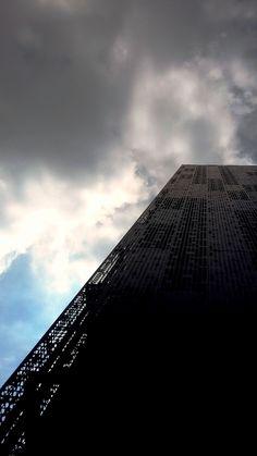 O céu, as nuvens e o aço...Laboratorio CTC Genese.