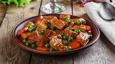 Le ricette con pentola a pressione sono facili e pratiche perché permettono di risparmiare tempo e avere la cena pronta anche quando si lavora fino a tardi