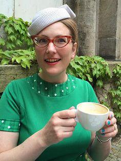 White polka-dot hat, Frankfurt
