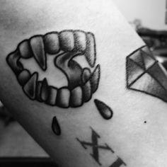 Vampire Teeth TattooVampire Teeth Tattoo