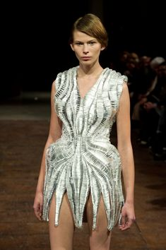 IRIS VAN HERPEN / DESIGNER PROFILE | STYLE MADE ME DO IT