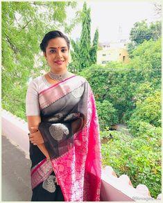 Hariteja Beautiful HD Photoshoot Stills & Mobile Wallpapers HD Hd Wallpapers For Mobile, Mobile Wallpaper, Sonam Kapoor, Deepika Padukone, Hollywood Actress Name List, Hollywood Heroines, Heroine Photos, Bollywood Photos, Bollywood Actress Hot