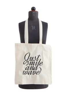 Just Smile And Wave / bag