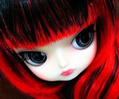 Lipoca Dal Doll by ~Canoness on deviantART. I like this girl too! the hair is amazing. I wonder if the pic is tweaked. The fringe is grand! http://canoness.deviantart.com/art/Lipoca-Dal-Doll-141614907#