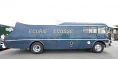 Ecurie Ecosse transporter #commercialvehicles #commercial #vehicles #concept Le Mans, Classic Trucks, Classic Cars, Old Hot Rods, Car Carrier, Classic Motors, Vintage Race Car, E Type, Racing Team