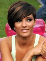 12 Fabulous Short Hairstyles for Thick Hair - Pretty Designs