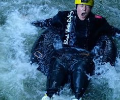 Wenn du jemals nach Waitomo in #Neuseeland kommen solltest  kann ich dir nur eine Water Rafting Tour durch die Glowworm caves empfehlen. Es War eher Walking denn Rafting aber man muss auch einen 1 bis 2m hohem Sprung in die Dunkelheit wagen. Der wird vorher ausprobiert und es werden save wunderschöne anmutige Bilder gemacht... wie man unschwer erkennen kann!