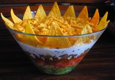Sałatka Meksykański Król Imprezy Curry, Nachos, Punch Bowls, Guacamole, Serving Bowls, Decorative Bowls, Appetizers, Mexican, Cooking Recipes