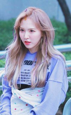 My precious girl✨💙 Wendy Seulgi, Kpop Girl Groups, Kpop Girls, Wendy Red Velvet, Korean Model, Korean Girl, My Girl, Hair Color, Fandoms