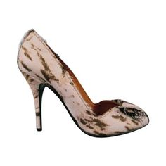 Pre-Owned Lanvin Size 9 Beige Leopard Raw Edge Bow Pumps 2010 ($258) ❤ liked on Polyvore featuring shoes, pumps, neutral, bow shoes, animal print shoes, beige pointy toe pumps, leopard print pointed toe pumps and beige pumps