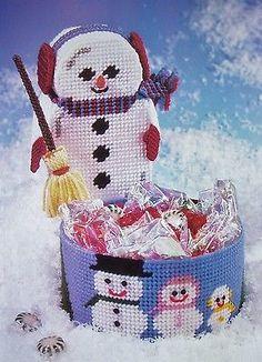 PLASTIC CANVAS PATTERN SNOWMAN DOORSTOP