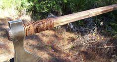 Great survival or bushcraft tomahawk! Survival Supplies, Survival Tools, Survival Weapons, Survival Stuff, Off The Grid News, Tomahawk Axe, Bushcraft Skills, Beil, Cold Steel