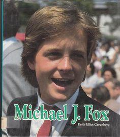 michael j fox - Tv Actors, Actors & Actresses, Alex P Keaton, Michael Fox, Charlie Sheen, Guy Names, Back To The Future, Classic Tv, Bttf