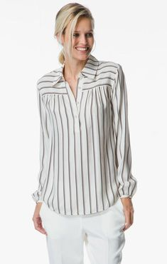 Frame Le Drop Yoke Popover Silk Blouse - Striped shirts,tops and blouses Tunic Designs, Kurta Designs, Fashion Pants, Fashion Dresses, Gothic Fashion, Sewing Blouses, Silk Blouses, Casual Work Outfits, Beautiful Blouses