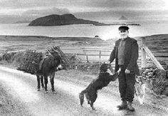 Last family leaves the Blasket Islands Nov. 20,2003// I love vintage pictures that tell a story. This is one I would frame for the wall.