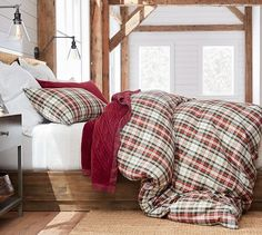 MOUNTAIN BEDDING Bring the feeling of the woods and mountains into your bedroom with this stunning collection of wildlife, rustic, log cabin and mountain bedding.