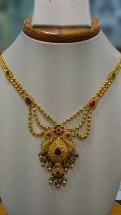 Indian Gold Jewelry Near Me Gold Bangles Design, Gold Earrings Designs, Gold Jewellery Design, Gold Necklace Simple, Gold Jewelry Simple, Gold Mangalsutra Designs, Gold Chain With Pendant, Dresses Australia, Jewelry Stand