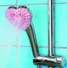 shower head Fun for girls' bathroom Kawaii Room, Chrome Hearts, Barbie Dream, Aesthetic Room Decor, Pink Aesthetic, Everything Pink, My New Room, Shower Heads, Girly Things
