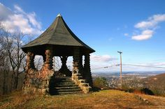 The Witch's Hat still sits atop the mountain, directly above South Street, Reading, Berks, PA. Hiking Spots, Hiking Trails, Berks County Pa, Reading Pennsylvania, Reading Pa, Wonderful Places, Pavilion, Places To See, Things To Do