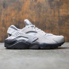 cheap for discount 30eae 6a185 Nike Men Air Huarache Run Se (matte silver   matte silver-black)